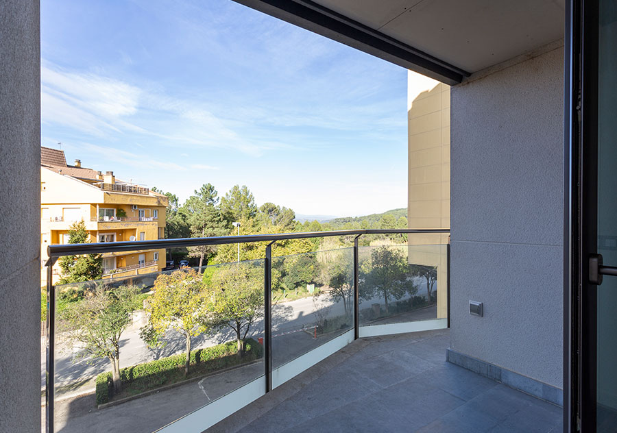 Venda de pisos a Montjuic (Girona) - Edifici Fort Roig - Balco_3